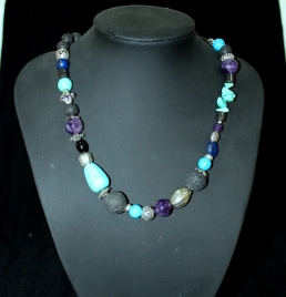 Turquoise, Amathist, Lapislazuli, Lava SOLD