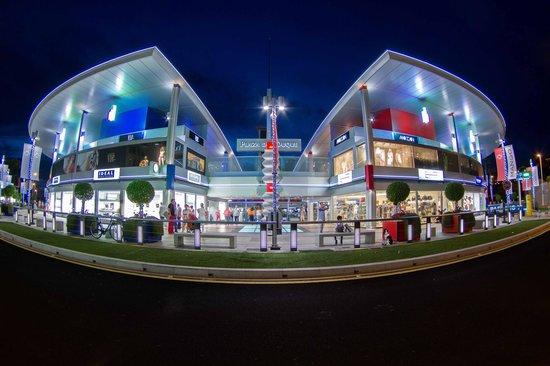 centro-comercial-plaza